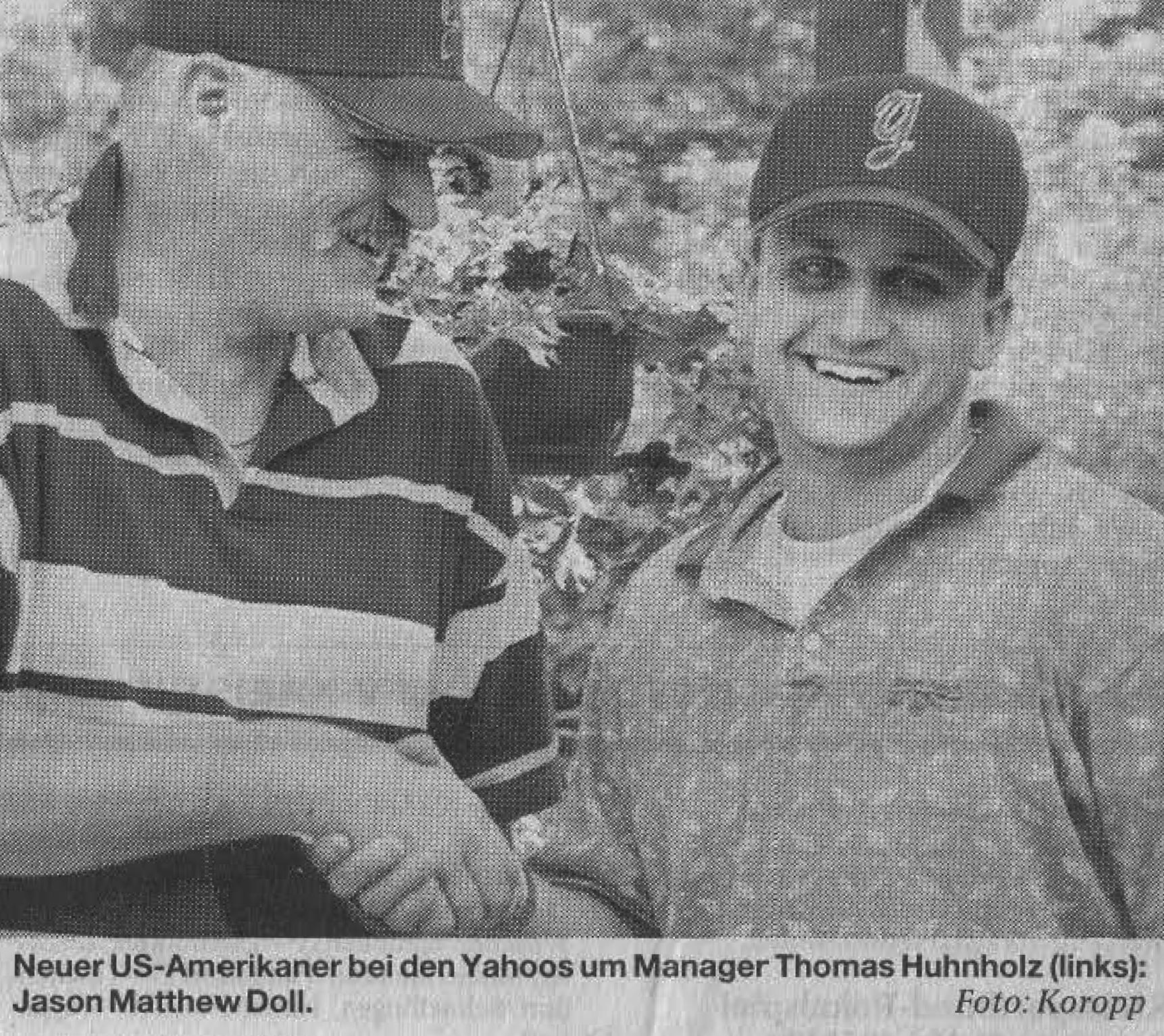 Neuer US-Amerikaner bei den Yahoos um Manager Thomas Huhnholz (links): Jason Matthew Doll. Foto: Koropp