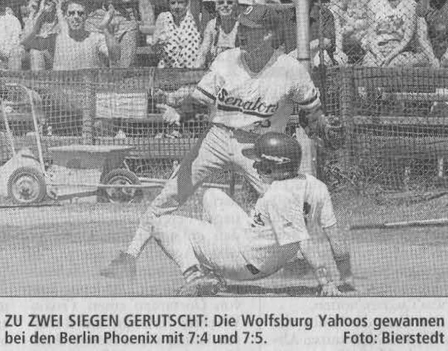 ZU ZWEI SIEGEN GERUTSCHT: Die Wolfsburg Yahoos gewannen bei den Berlin Phoenix mit 7:4 und 7:5. Foto: Bierstedt