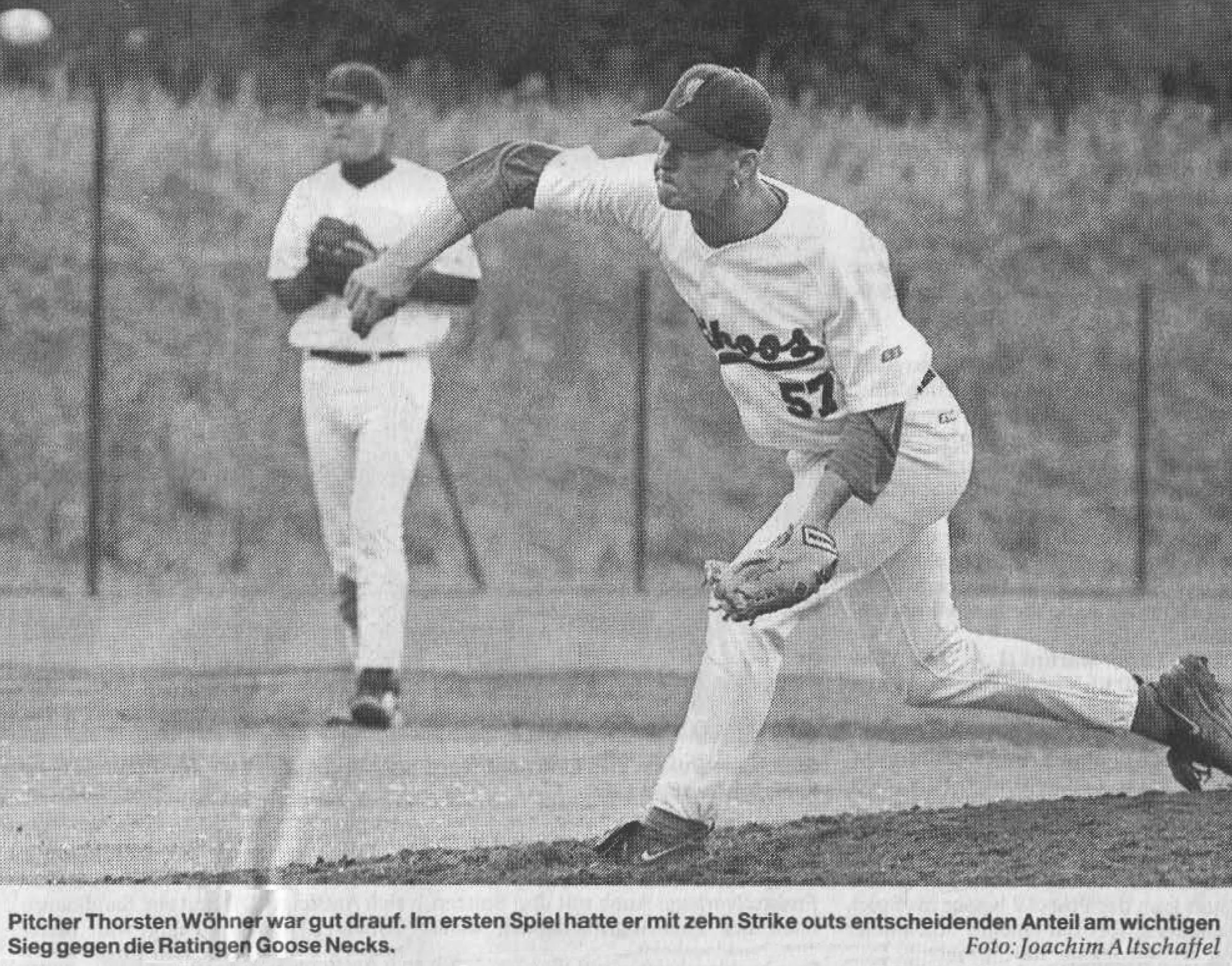 Pitcher Thorsten Wöhner war gut drauf. Im ersten Spiel hatte er mit zehn Strike outs entscheidenden Anteil am wichtigen Sieg gegen die Ratingen Goose Necks. Foto: Joachim Altschaffel