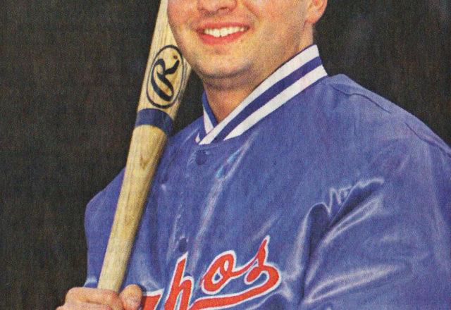 Will mit wuchtigen Schlägen die Yahoos gut ins Spiel bringen: Neuzugang Brian Loehr (23) aus Minneapolis. Foto: Lars Landmann